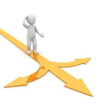 Praca na etacie czy własna działalność – co wybrać?